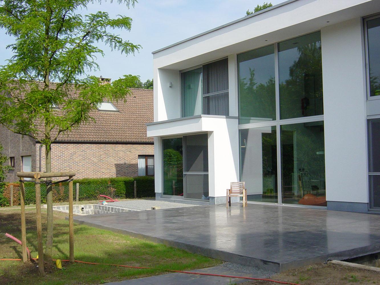 Design tuinen voorbeelden. excellent strakke amp moderne tuinen